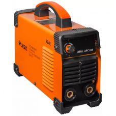 Сварочный инвертор СВАРОГ ARC 220 REAL Z243 мощность 5,6 кВт 220 В